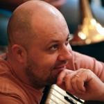 Raul Kusak – orgă hammond, pian fender rhodes, vocal